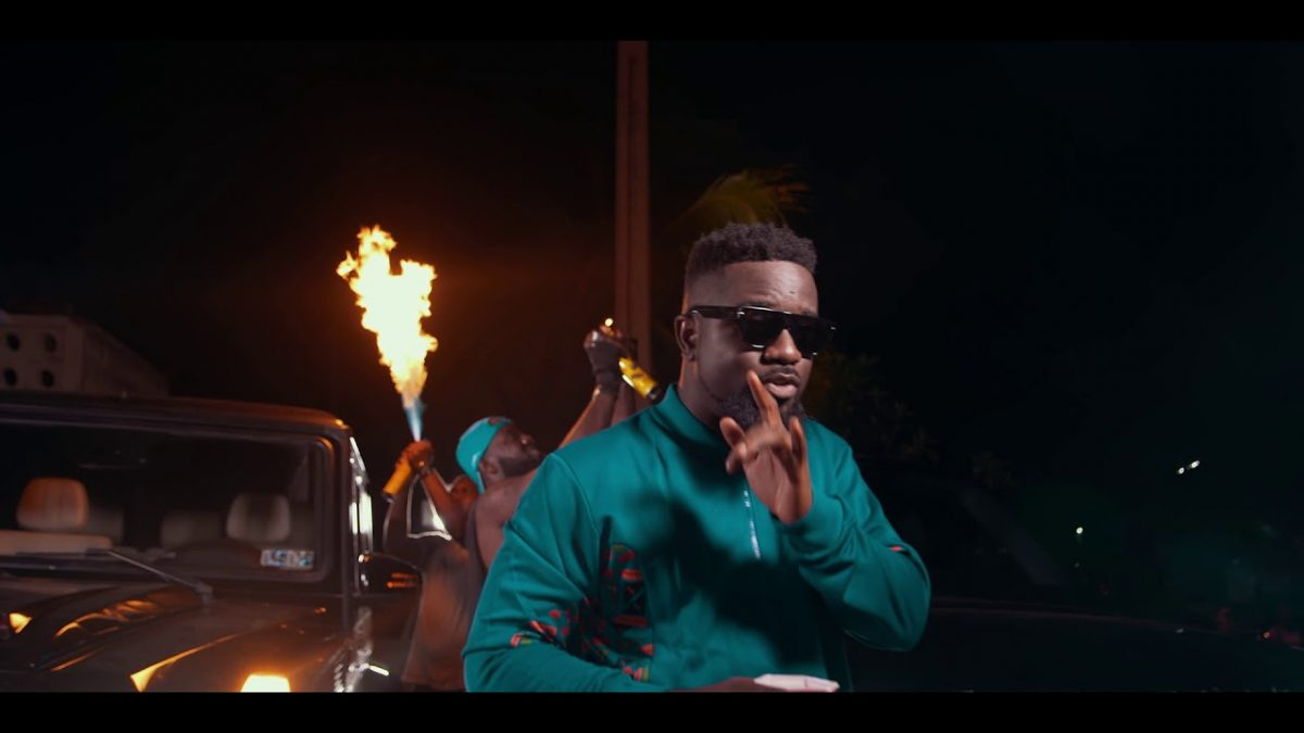 Sarkodie ft. Prince Bright [Buk Bak] - Oofeetsɔ (Official Video)