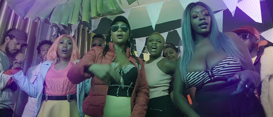 Davaos ft. Cleo Ice Queen - Pon Me (Official Video)